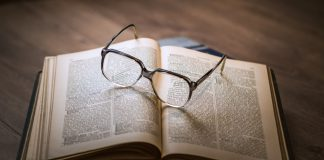 Presbyopia - What Is It & How Does It Impact Your Vision?