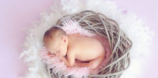 What You Need To Know About Your Newborn's Stomach Size