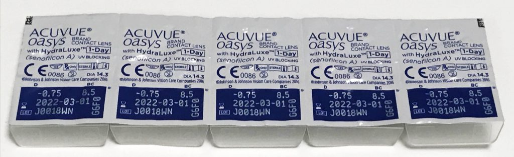 ACUVUE OASYS 1 Day with HydraLuxe blister pack