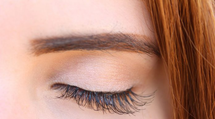 An Expert's Advice on Eyelash Extensions (Including Cost, Complications, and More)