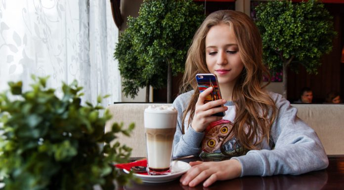 8 Tips To Protect Your Teen From the Dangers of Online Dating 1